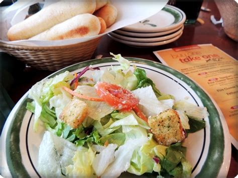 Olive Garden Salad Price by 2 Wired 2 Tired Olive Garden Buy One Take One Review