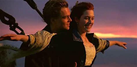 famous scene photos owls recreate epic titanic scene jack and rose of the