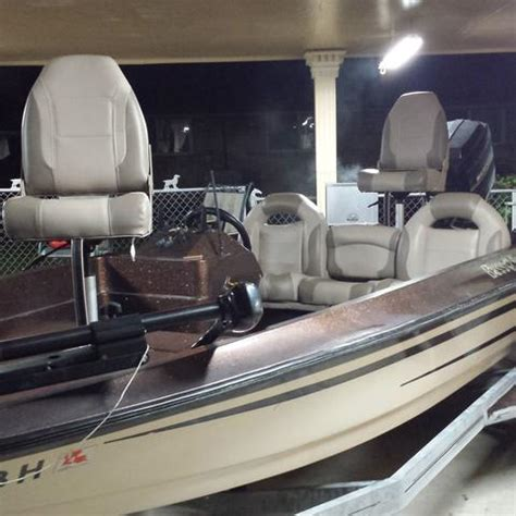 Bass Boat Interior by Bass Boat Seats Complete Bass Boat Seat Interior