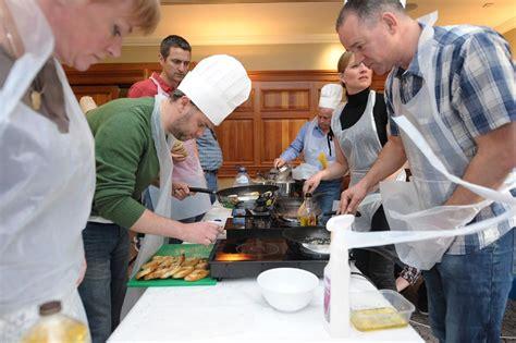 team building cuisine cuisine team cooking indoor team building event