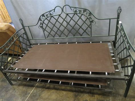metal trundle bed frame hunter green metal day bed frame only w trundle