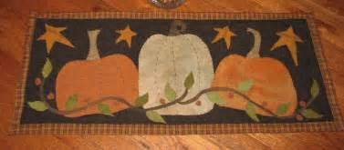 Table Runner Patterns Primitive Penny Rug Wool Applique Pattern Quot 3 Pumpkins