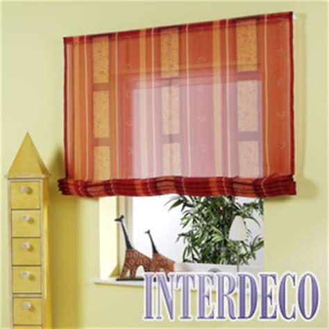 gardinen aufhangen welche seite moderne gardinen das raffrollo und der schiebevorhang