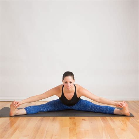 The Split by Stretches To Help You Do The Splits Popsugar Fitness