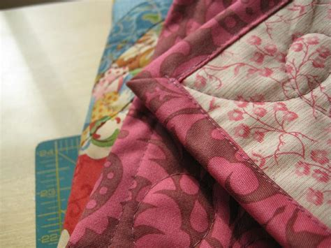 How To Put Binding On Quilt by Quilt Binding Tutorial Stitch N Purl