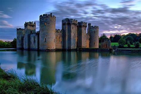 most beautiful english castles beautiful bodiam castle uk things for my wall pinterest