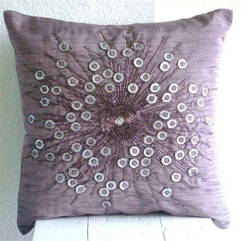 Pillows And Pillows by Pillows With Home Decoration Club