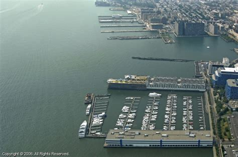 lincoln harbor yacht club in weehawken new jersey united