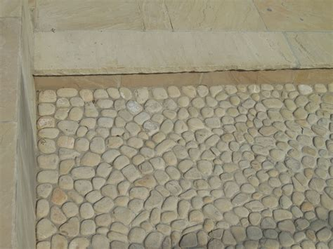 pavimento acciottolato pavimenti in ciottoli acciottolato cava bettoni