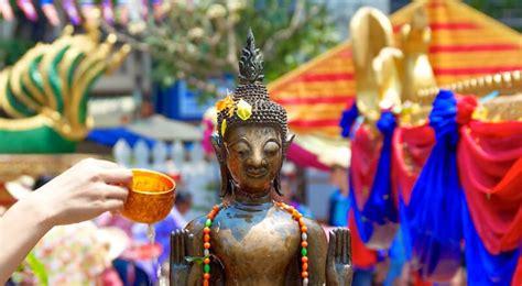 new year 2018 laos calendrier des f 234 tes traditionnelles du laos en 2018 360
