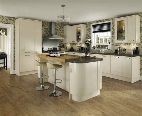 kitchen design howdens glendevon gloss ivory kitchen universal kitchens