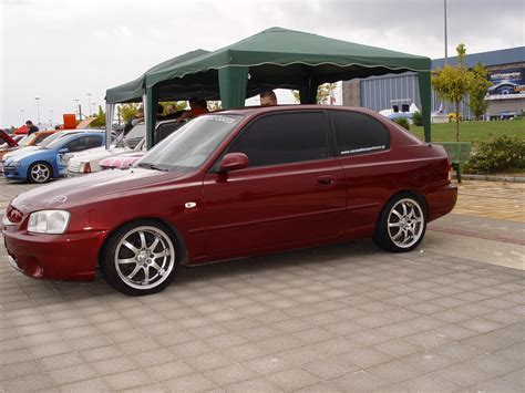 200 hyundai accent kavouris 2000 hyundai accentgs hatchback 2d specs photos