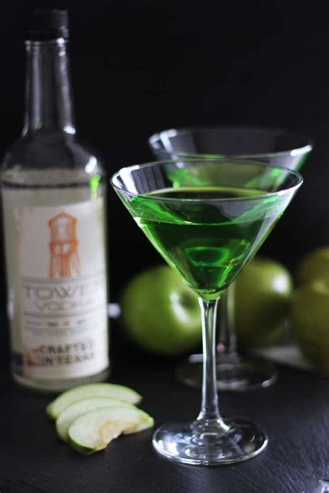 green apple martini bottle green apple martini cocktail recipes worth repeating