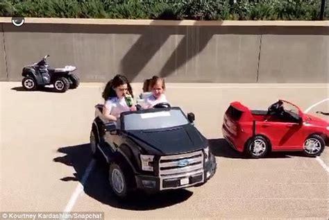 anthony daniels blytheville ar khloe kardashian pushing car 28 images kourtney and