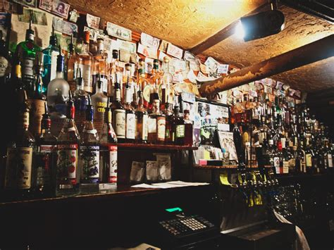 quarry house tavern the best dive bars in the washington dc area