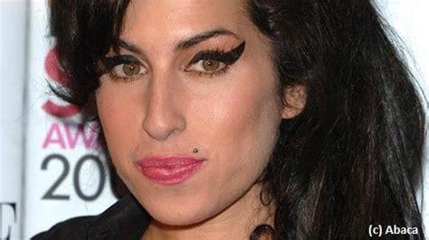 catherine jacob chanteuse amy winehouse je n ai pas touch 233 224 la drogue depuis
