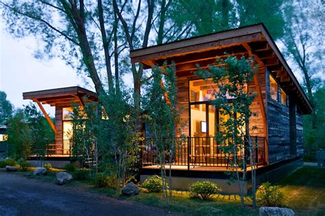 Gallery: The Wedge, a small cabin on wheels   Small House