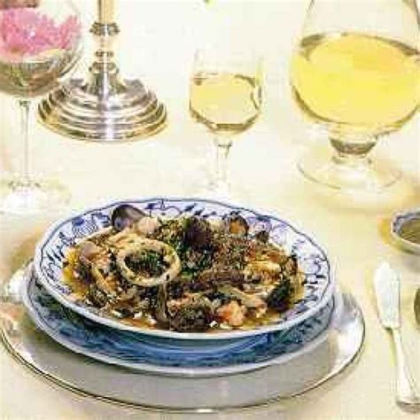 cucina siciliana pesce ricette cucina siciliana zuppa di pesce scorfano