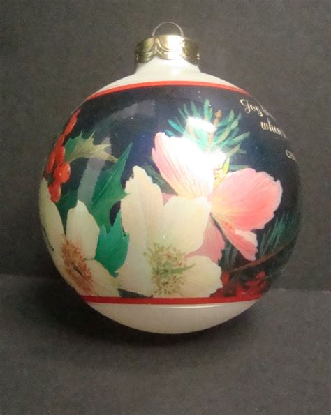 hallmark keepsake ornament christmas floral 2002 with box