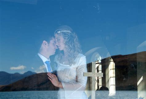 Wedding New Zealand by Lake Tekapo Wedding New Zealand New Zealand Weddings
