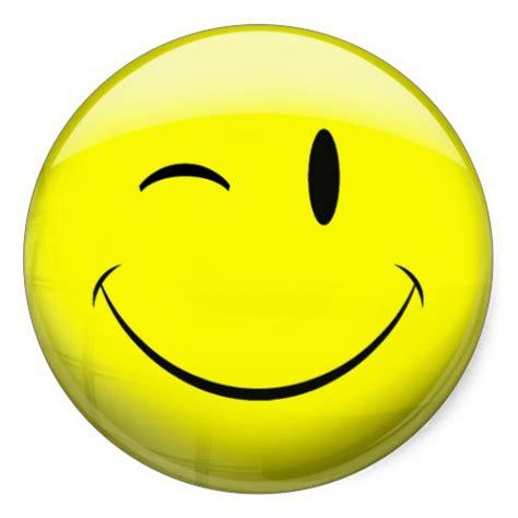 winking smiley face emoticon happy face wink cliparts co