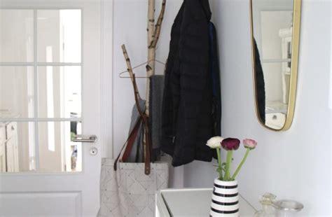 flur gestalten skandinavisch schneller ikea hack garderobenhaken in grau wohnmadame de