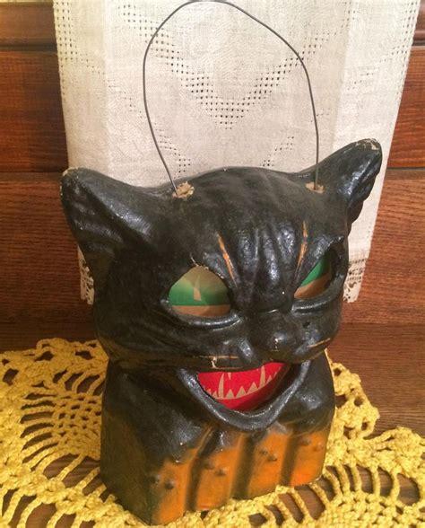 1940s Vintage Paper M 226 - vintage paper mache pulp cat on a fence jol ca