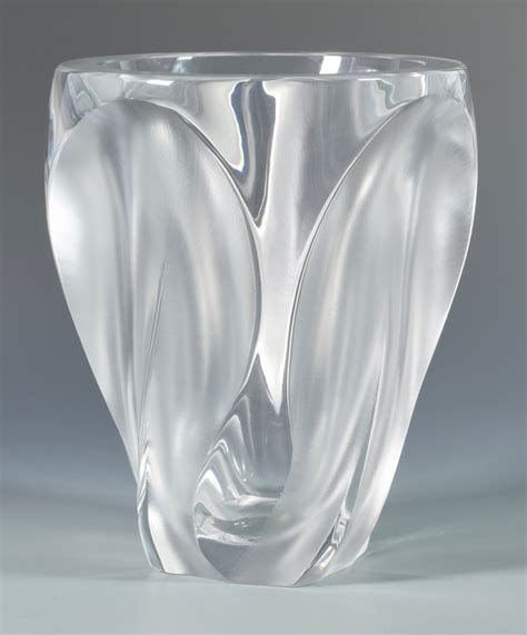 lalique vase lot 501 large lalique ingrid glass vase