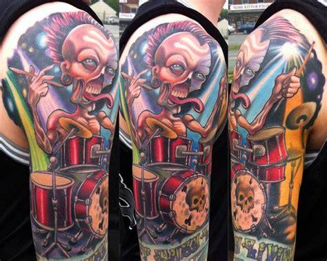 tattoo old school drum tatuagem ombro fantasia personagem bateria por vince