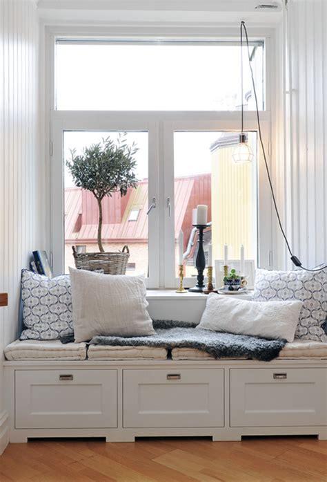 window reading bench wnętrze dnia czytanie przy oknie ładne rzeczy