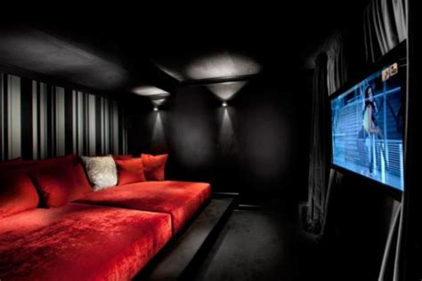 Theatre Room Decor Using Black As The Color For Your Interior D 233 Cor