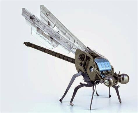 Membuat Robot Capung | robot unik dari bekas mesin ketik lawas aspal putih