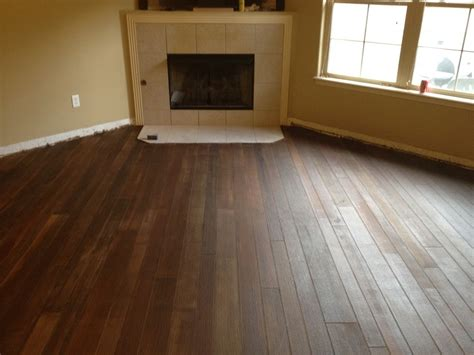 home design ceramic tile flooring that looks like wood