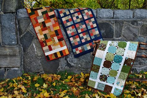 Easy Patchwork Projects - table runner pattern quilted patchwork one charm pack