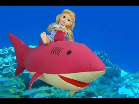 baby shark old version baby shark song new version 2018 shark family hunting