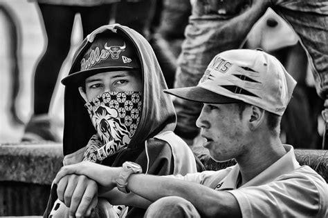 imagenes de blanco y negro rap cartel urbano periodismo callejero y cultura alternativa