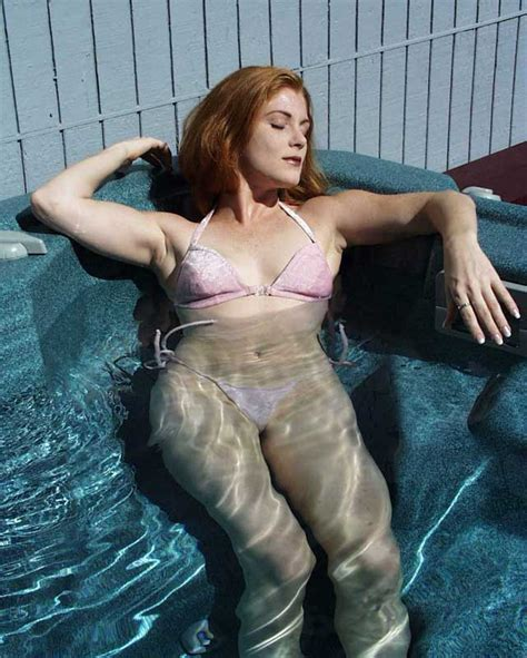 hot tub wife dare wives hot tub dare sex porn images