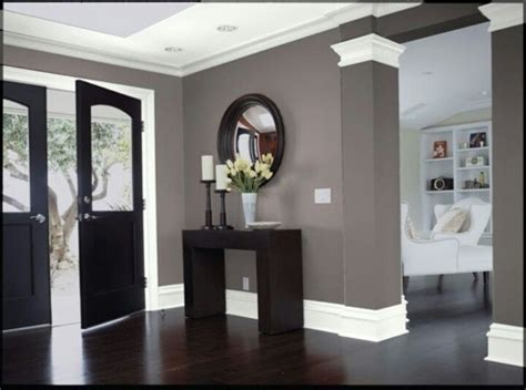 Grey Walls With Wood Floors by Home Decorating Pictures Gray Walls Wood Floors