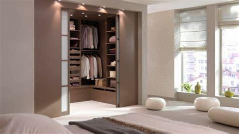 ankleidezimmer planen ankleidezimmer planen walk in garderobe mit stil gestalten