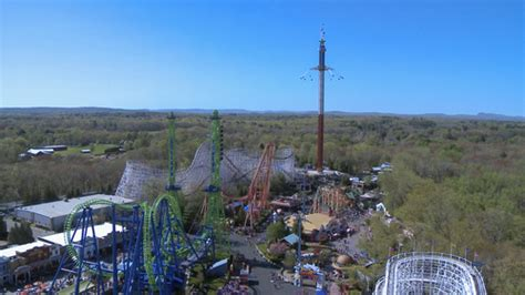 six flags tallest swing ride record breaking new england skyscreamer is now open at