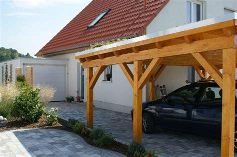 Garage Flachdach Holzkonstruktion by Flachdach Carport Doppelcarport Mit Extensiver Dachbegr 252 Nung