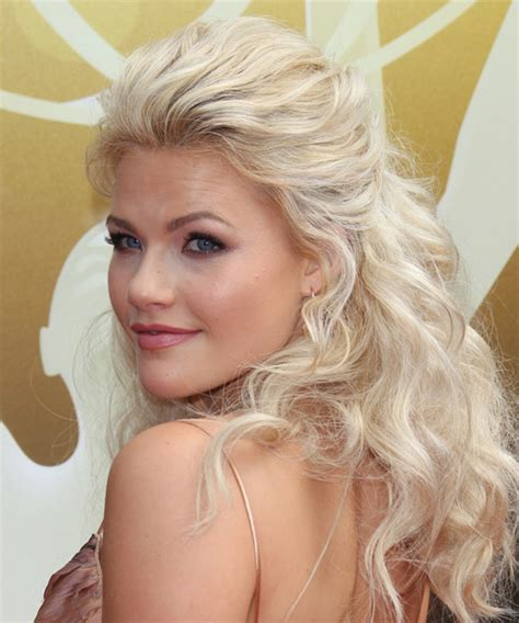 whitney carson hair witney carson long wavy casual half up hairstyle light