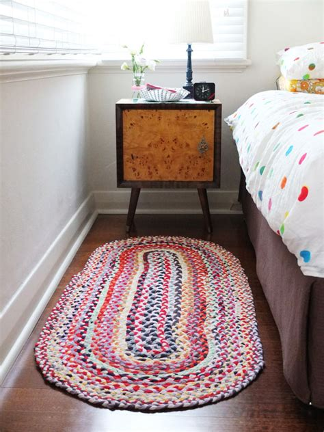 how to make a rug out of shirts upcycle style braided t shirt rug my poppet makes