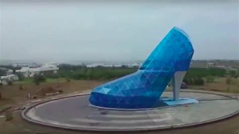 taiwan church shaped like a shoe there s a shoe shaped church in taiwan to attract female