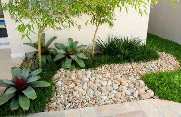jardim decorado pedras e grama decora 231 227 o de jardins seixos clique arquitetura seu