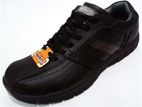 Sepatu Skechers Relaxed Fit sepatu skechers relaxed fit masen kruger black gudang