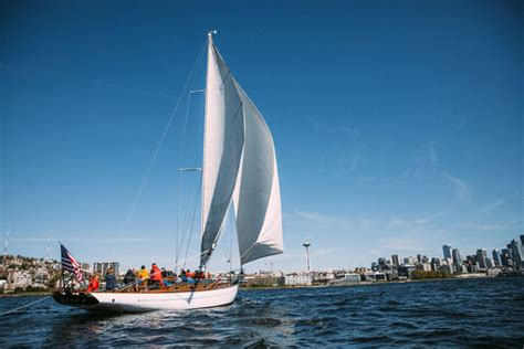 relax on the water with these seattle boat tours - Sailboat Tours Seattle