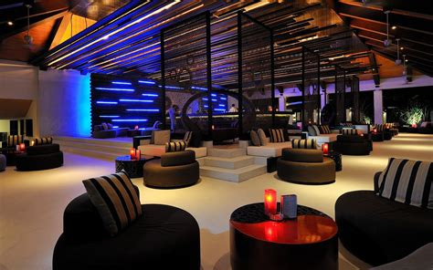 Club Lounge Chairs Design Ideas Velassaru An Island Resort In Maldives Club Bar And Interiors