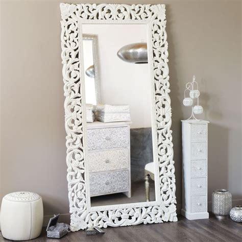specchi grandi con cornice specchi maison du monde per donare stile alle pareti di