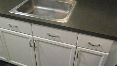 how to refinish kitchen cabinets knock it the